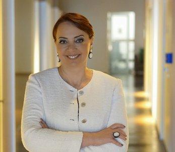 Tânia Cosentino
